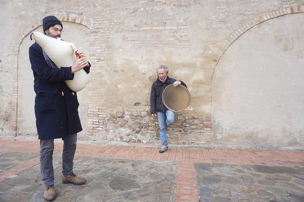 Giuseppe Doronzo e Pino Basile — Strazzavisazz — Futuro Arcaico Archivio